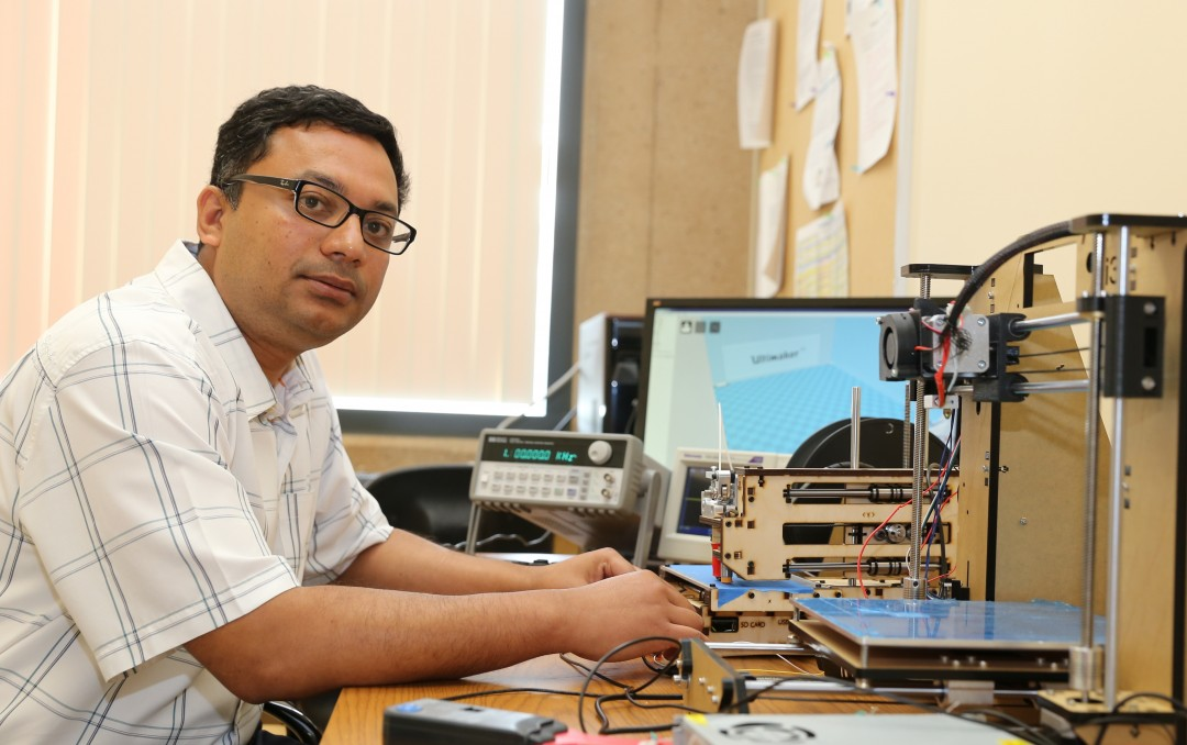 3D-printer af te luisteren